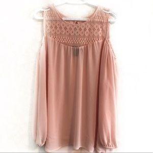 ⭐️3/$30 Sheer, cold shoulder blouse. Size L.